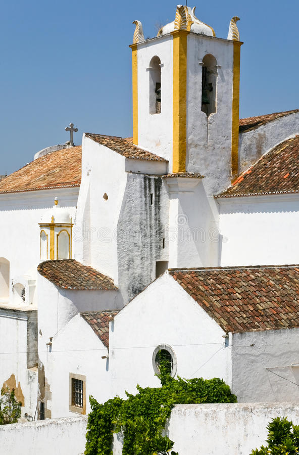 Witte oude huizen in Algarve, Portugal royalty-vrije stock foto