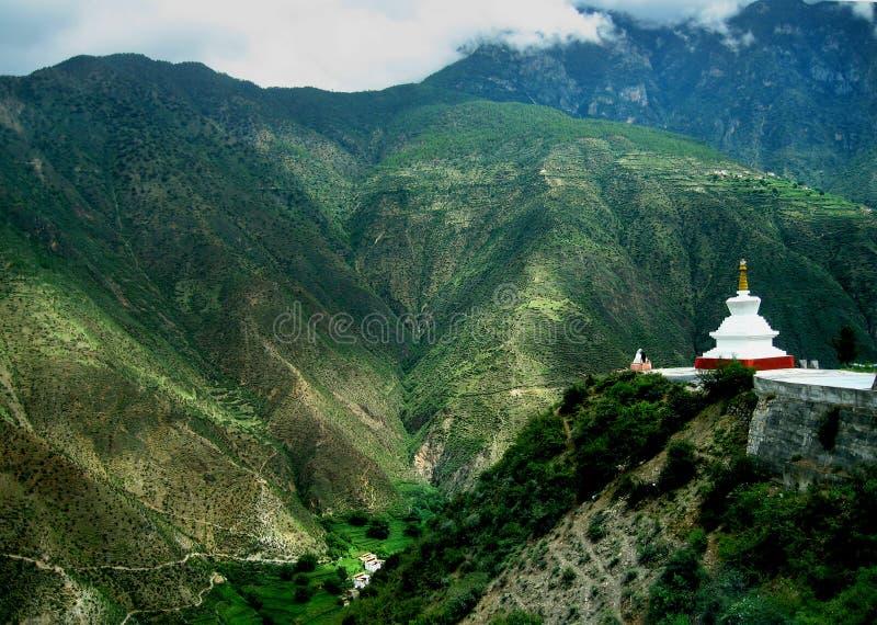 Witte pagode stock afbeeldingen