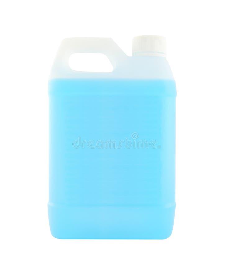 Witte plastic gallon met blauwe vloeistof royalty-vrije stock afbeeldingen