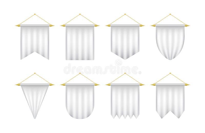 Witte realistische wimpelreeks Lege die driehoeksbanners op een witte achtergrond worden geïsoleerd royalty-vrije illustratie