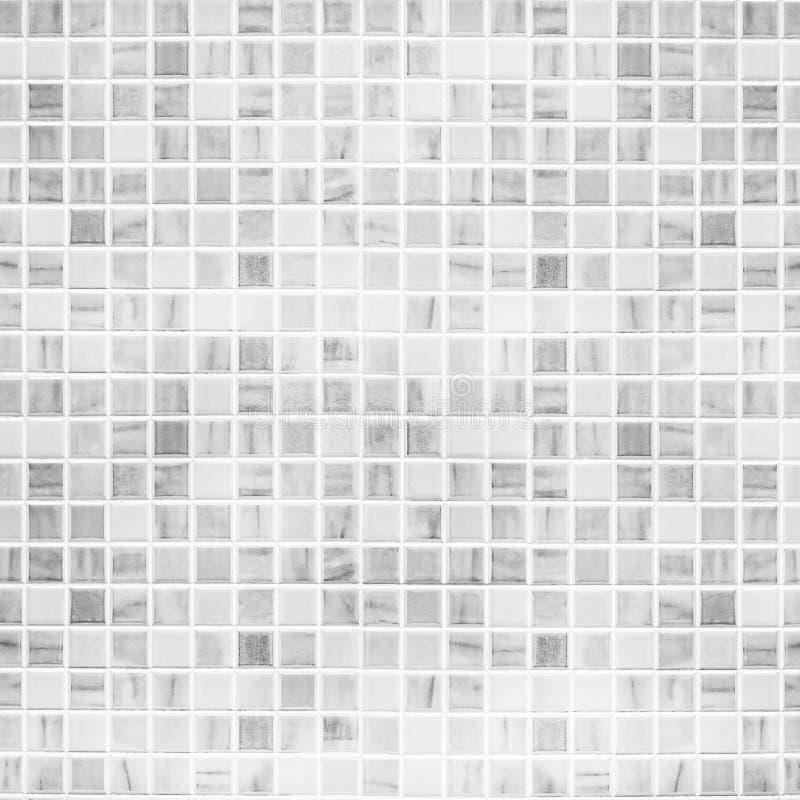 Witte tegelmuur stock afbeeldingen