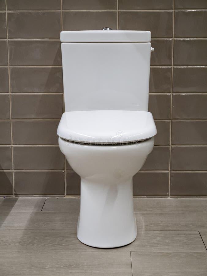 Witte toiletzetel royalty-vrije stock fotografie