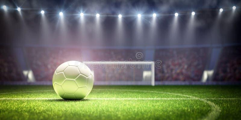 Witte voetbalbal op stadion klaar voor gelijkeschop weg stock afbeeldingen