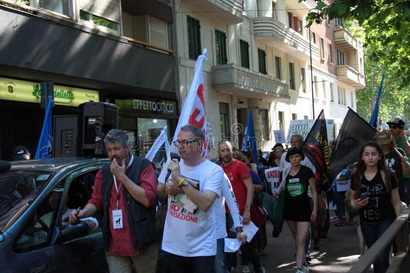 Wiwisekcja marsz 13 Maj 2017 Mediolan obraz royalty free