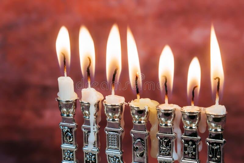 Wizerunek żydowski wakacyjny Hanukkah tło z menorah tradycyjnym