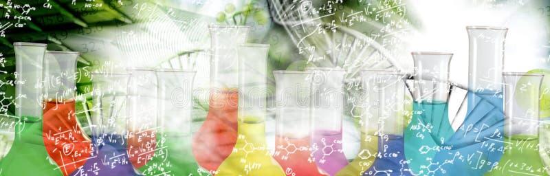wizerunek chemiczne kolby na genetycznym tła zbliżeniu obraz royalty free