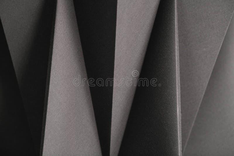 Wizerunek geometryczni kształty papier w czarny i biały, trójwymiarowym skutku, abstrakcjonistyczny tło fotografia royalty free