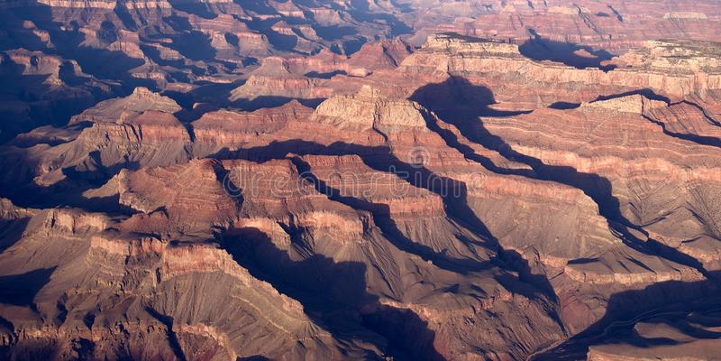 Wizerunek jar w Arizona z rzecznym spływaniem though ja obrazy stock