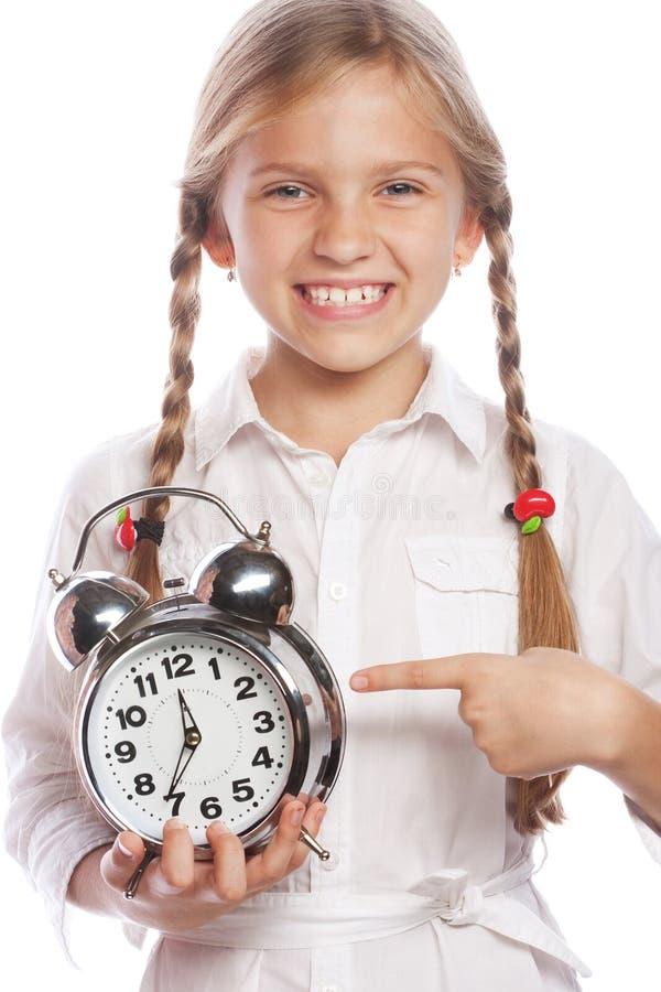 Wizerunek rozochocona małej dziewczynki dziecka pozycja odizolowywająca nad bielem zdjęcia stock