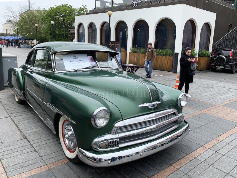 Wladiwostok, Russland, Mai, 18, 2019 Ausstellung von amerikanischen Retro-autos Luxe 1951-jähriges Chevrolet-Des der Fertigung Wl stockbilder