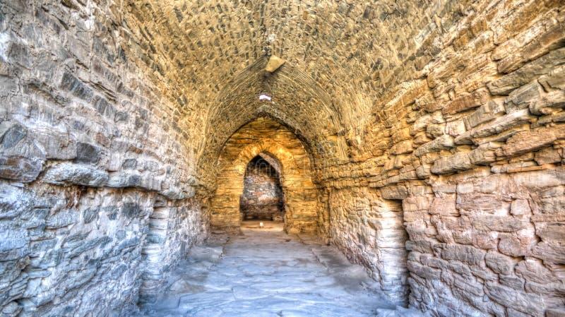 Wnętrze Tash Rabat karawanseraj w Tian shanu górze w Naryn prowincji, Kirgistan zdjęcia stock