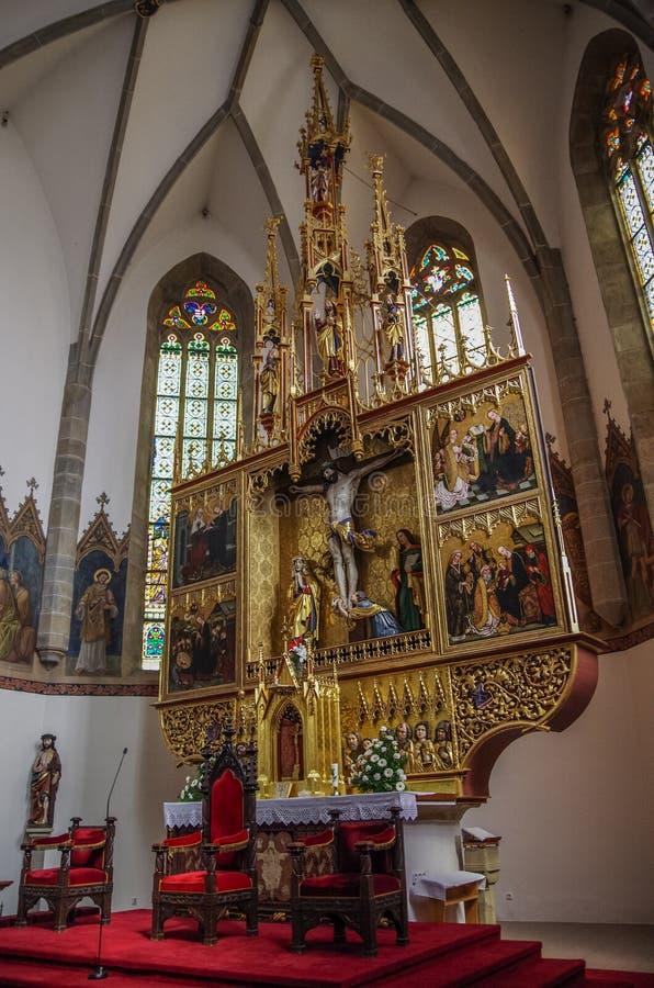 Wnętrze średniowieczna bazylika Święty krzyż Kezmarok, obrazy royalty free
