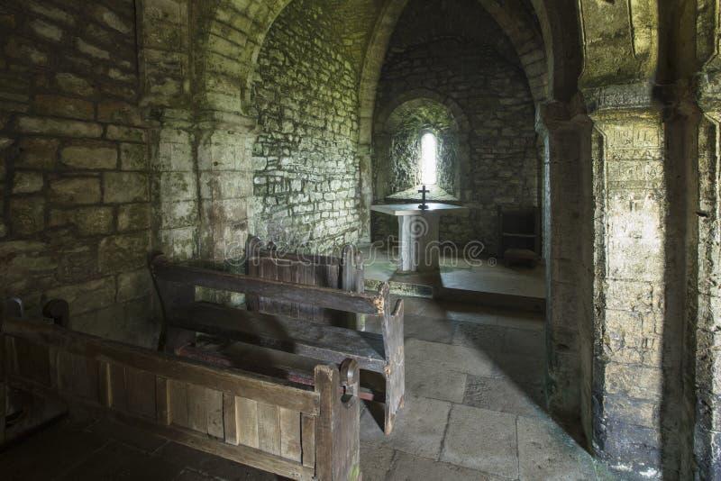 Wnętrze świętego Alheims kaplica, Dorset, UK - 29th 2018 Kwiecień zdjęcia royalty free