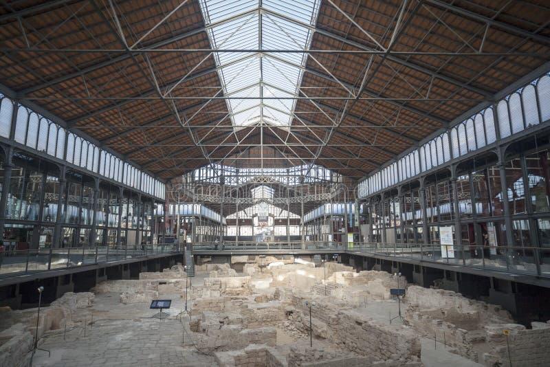 Wnętrze, żelazny sufit i archeologiczny miejsce Urodzony centrum, El Kulturalny i Pamiątkowy, kulturalna przestrzeń, mieścąca w b fotografia stock