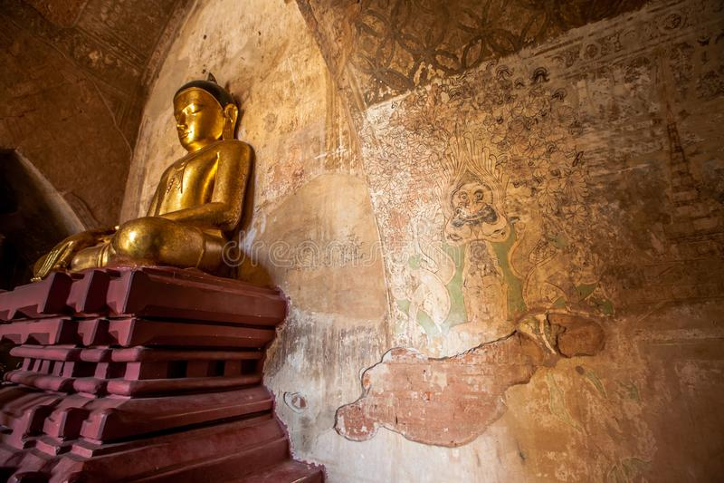 Wnętrze antyczne świątynie w Bagan, Myanmar zdjęcia royalty free