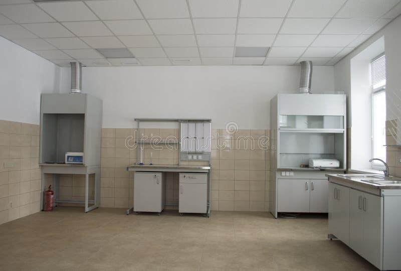 Wnętrze biologiczny laboratoratory w badaniu obraz stock