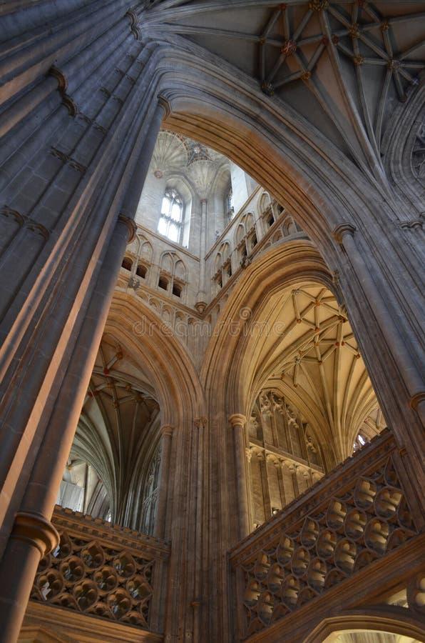Wnętrze Canterbury katedra. zdjęcia royalty free