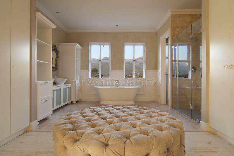 Wnętrze - Główna łazienka zdjęcia royalty free
