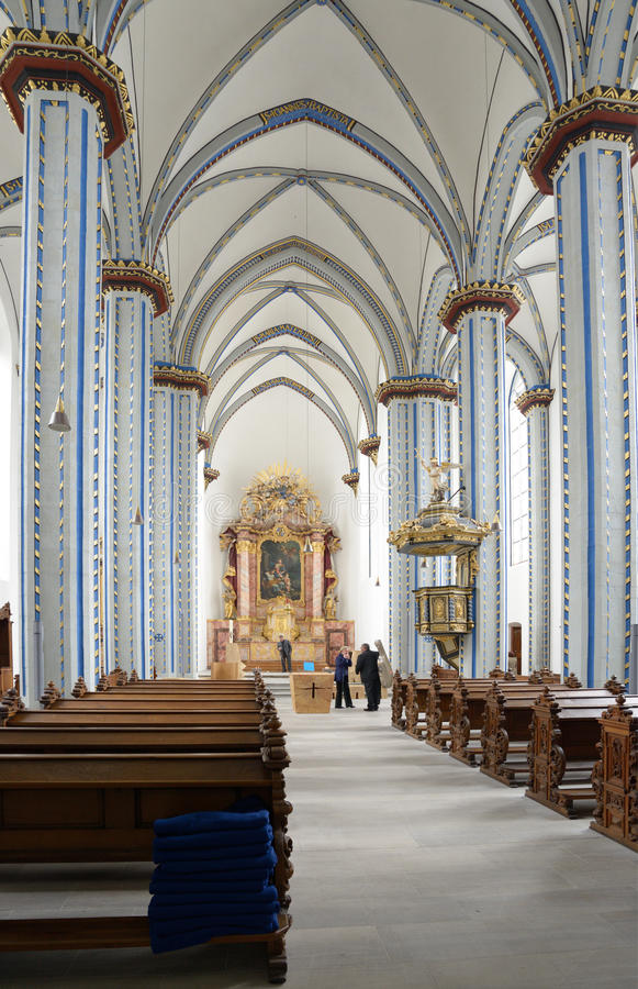 Wnętrze imię Jezusowy kościół w Bonn, Niemcy obrazy stock