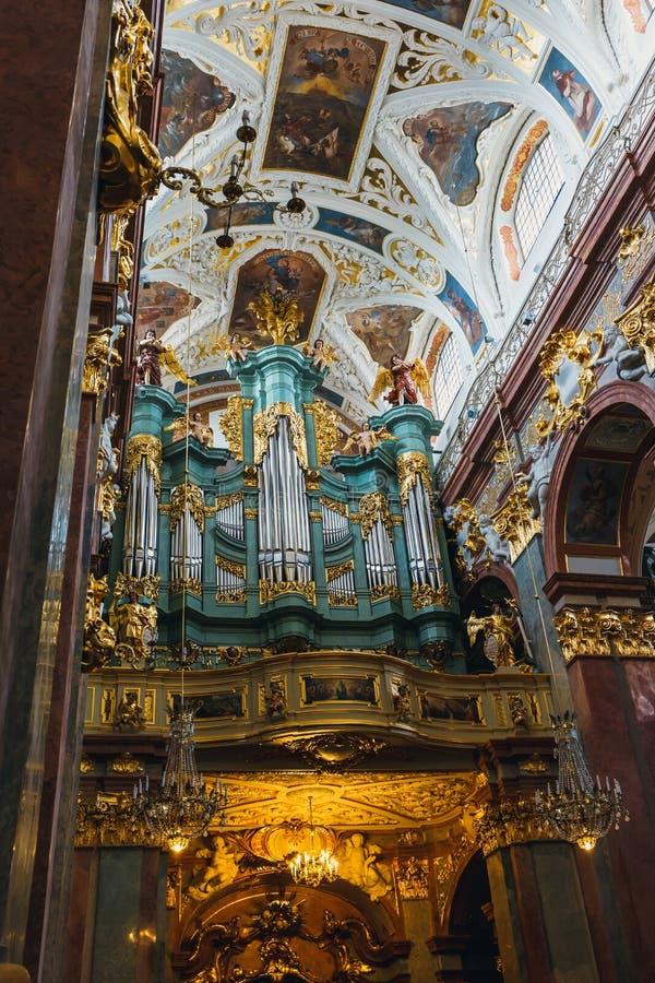 Wnętrze Jasna Gora sanktuarium w Częstochowskim, Polska Bardzo popularnego i znacząco najwięcej p zdjęcia royalty free
