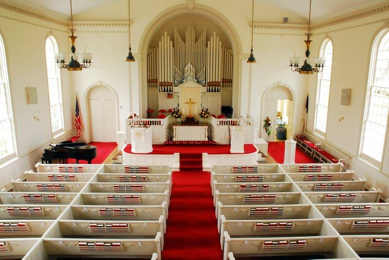 Wnętrze Klasycznego Greenfield wzgórza Congregational kościół, Connecticut obraz stock