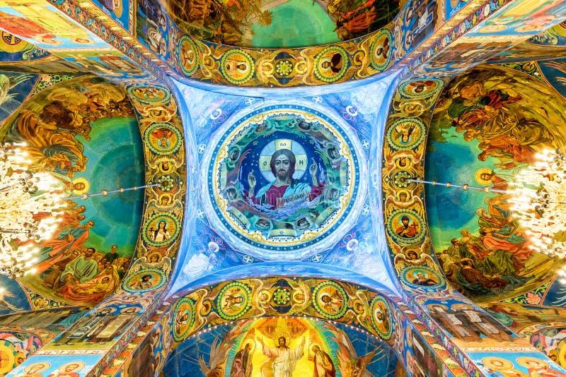 Wnętrze kościół wybawiciel na Rozlewałam krwi, St Petersburg Rosja fotografia stock
