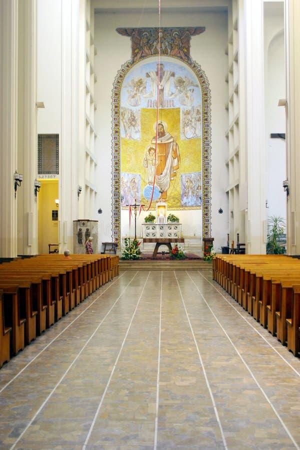 wnętrze kościoła zdjęcia royalty free