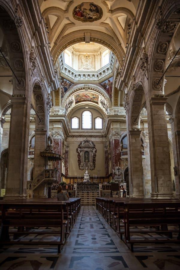 Wnętrze los angeles Cattedrale Santa Maria przy Cagliari, Sardinia fotografia stock
