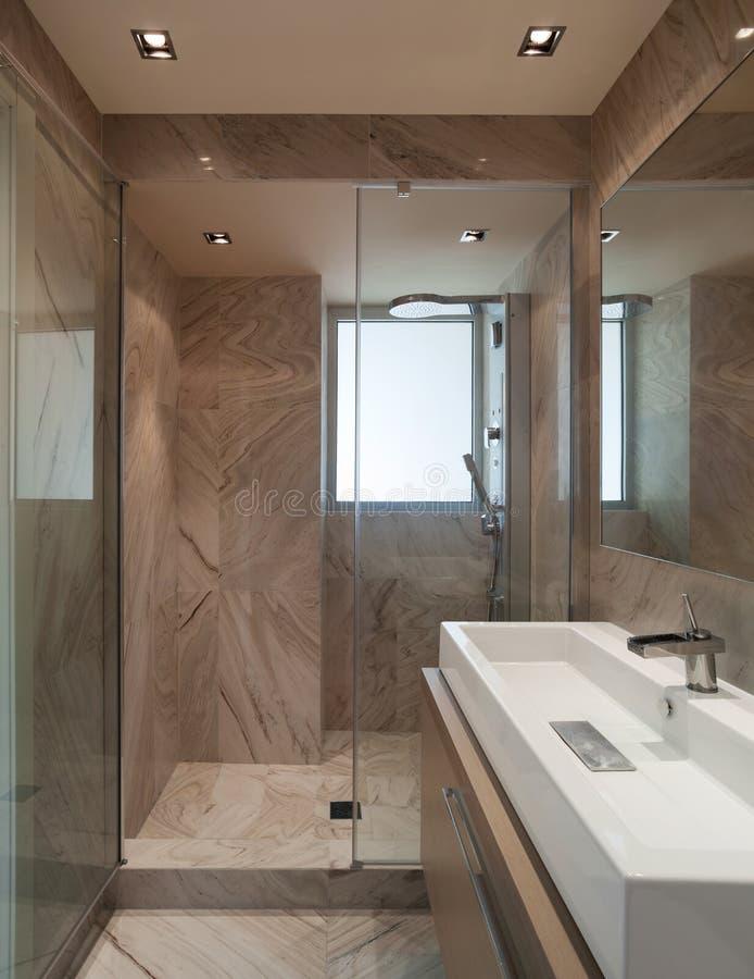 Wnętrze, marmurowa łazienka zdjęcia royalty free