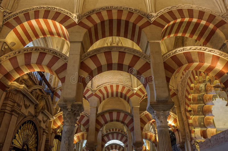 Wnętrze mezquita, cordoba, Hiszpania obraz royalty free