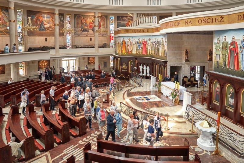 Wnętrze niedawno budująca świątynia Nasz dama gwiazda Nowy Evangelization John Paul II i St obraz stock
