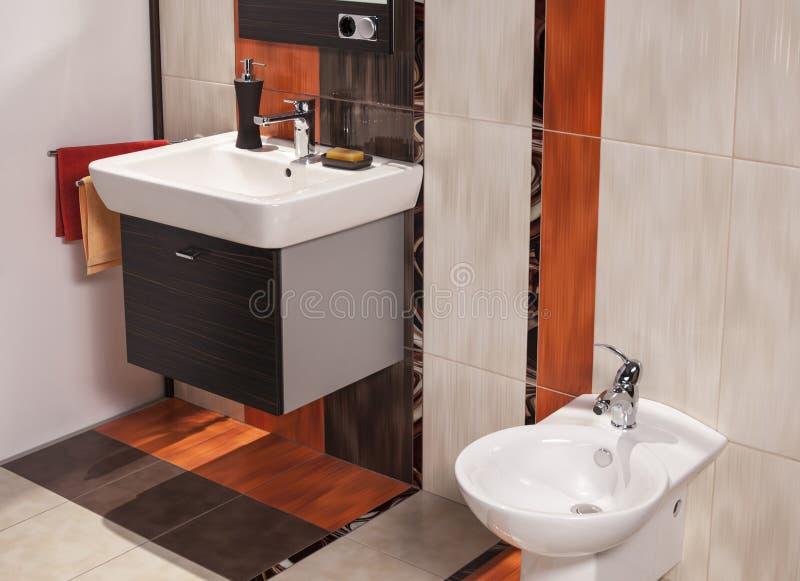 Wnętrze nowożytna łazienka zdjęcia stock