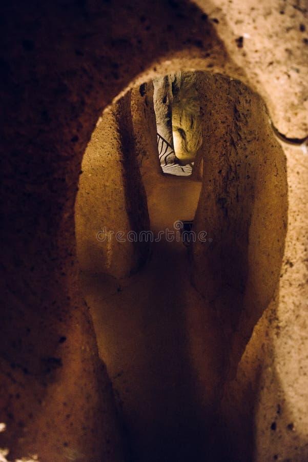 Wnętrze podziemny miasto w Cappadocia, Turcja fotografia stock