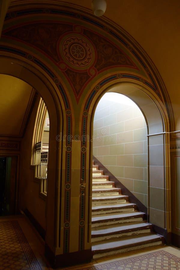 Wnętrze siedziba Bukovinian i Dalmatyńscy metropolita obrazy royalty free