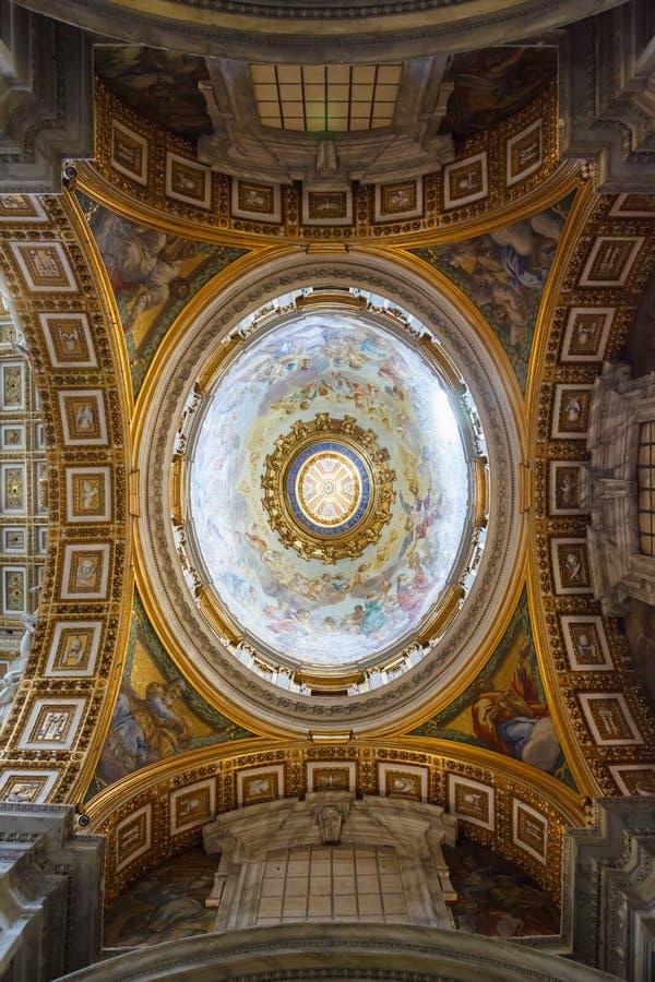 Wnętrze St Peter bazylika, Watykan obraz stock