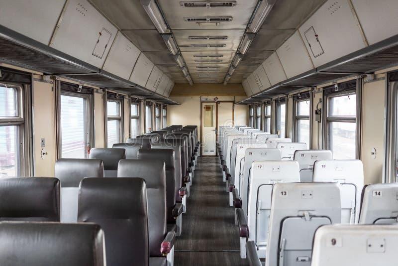 Wnętrze syberyjski pociąg ekspresowy, łączy Moskwa z Rosyjskim Daleki Wschód, kończy w Vladivostok zdjęcia stock