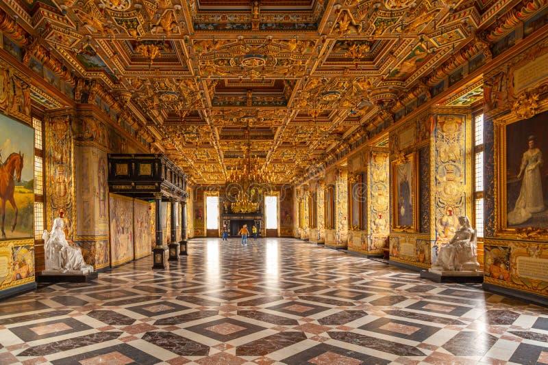 Wnętrze Uroczysty rycerza Hall Frederiksborg kasztel fotografia royalty free