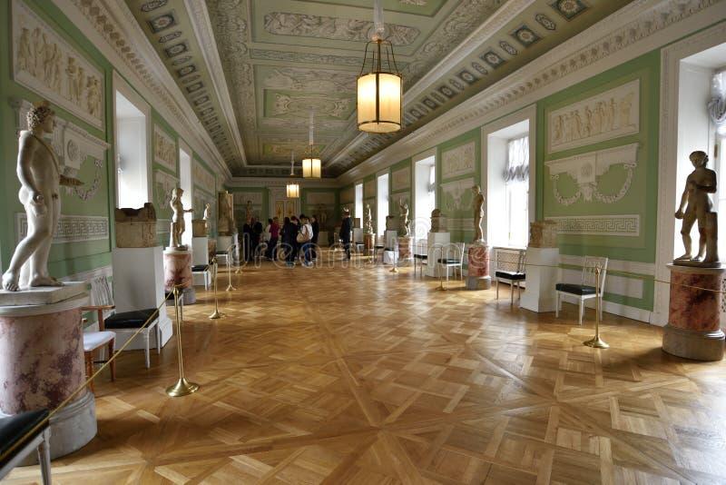 Wnętrze w rycerz sala w Pavlovsk pałac, Rosja zdjęcia stock