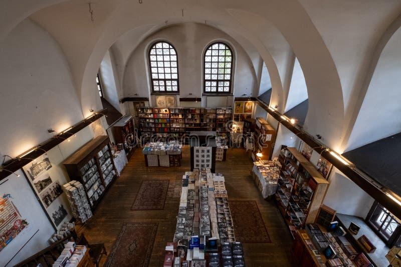 Wnętrze Wilcza napy synagoga na Szeroka ulicie w Kazimierz historyczna Żydowska ćwiartka Krakow, Polska obraz royalty free