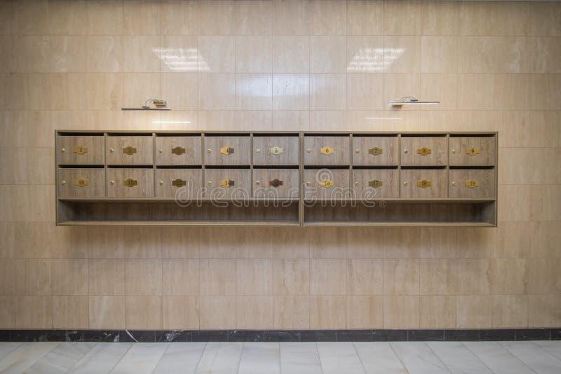 Wnętrze z skrzynkami pocztowa obraz royalty free
