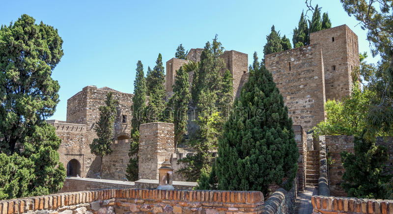 Download Wnętrze Alcazaba Malaga, Hiszpania Zdjęcie Stock - Obraz złożonej z fontanna, antyczny: 41954496