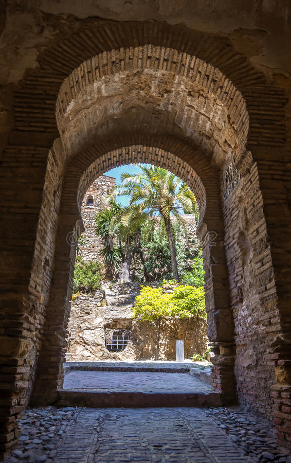Download Wnętrze Alcazaba Malaga, Hiszpania Zdjęcie Stock - Obraz złożonej z arabians, city: 41954576