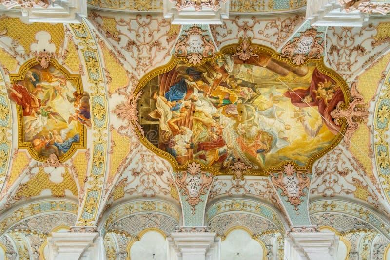 Wn?trze Heilig Geist Kirche lub ko?ci?? ?wi?ty duch w Monachium Niemcy obrazy royalty free
