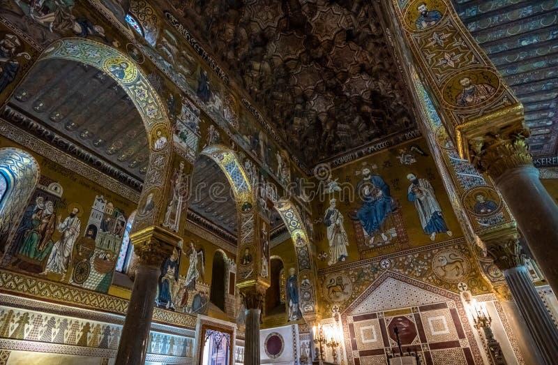 Wn?trze palatyn kaplica Palermo, Sicily, W?ochy zdjęcia stock