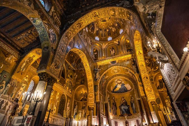 Wn?trze palatyn kaplica Palermo, Sicily, W?ochy fotografia royalty free
