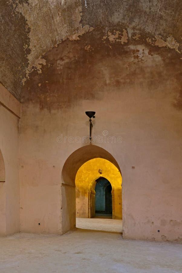Wn?trze stara stajenka Heri es w Meknes i ?wiron, Maroko obrazy stock