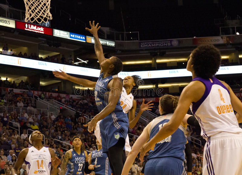 WNBA菲尼斯水星打明尼苏达天猫座 库存照片