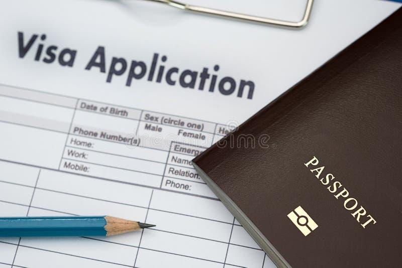 Wniosek wizowy forma podróżować imigrację dokumentu pieniądze dla obrazy stock