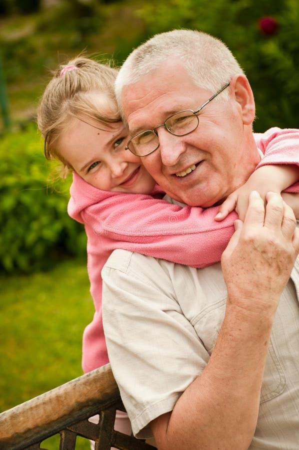 wnuka dziadka miłości portret obraz stock