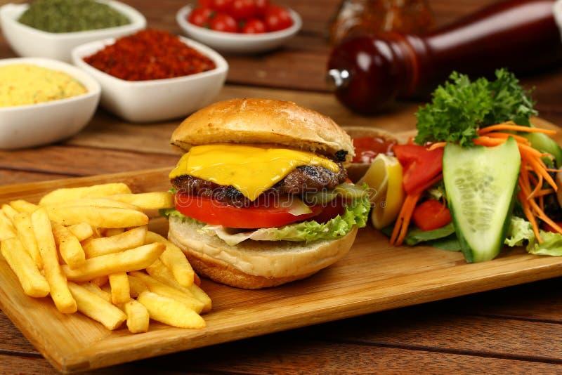 Wołowina Domowej roboty hamburger zdjęcia royalty free